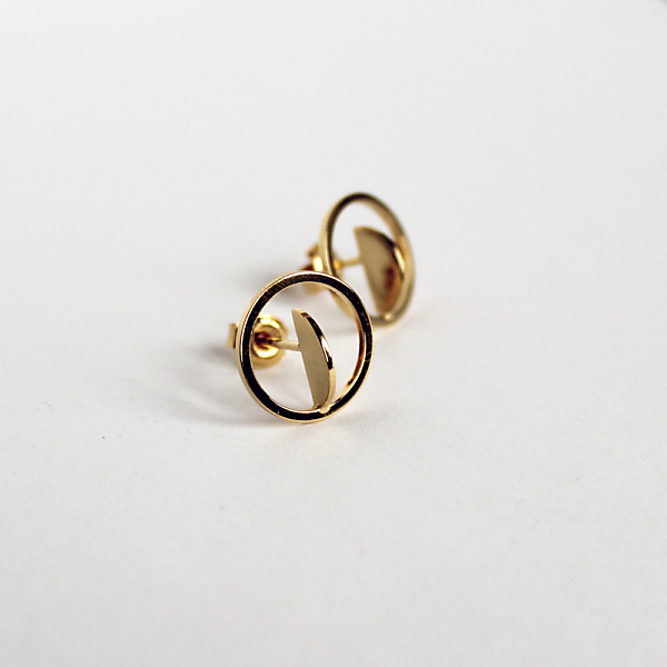 Goldplated balance earrings no1 gold
